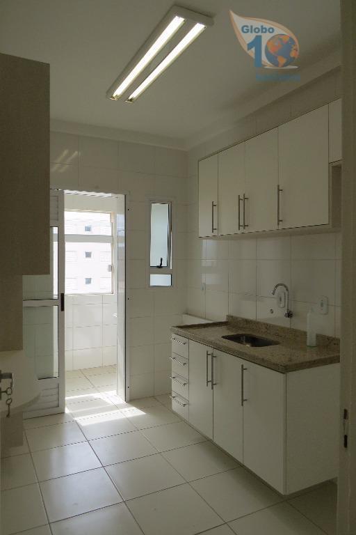 Apartamento no Jardim São Carlos com 2 vagas
