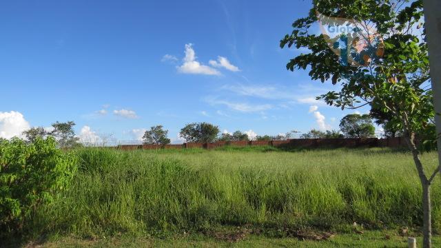 Terreno no Condominio Village Araçoiaba