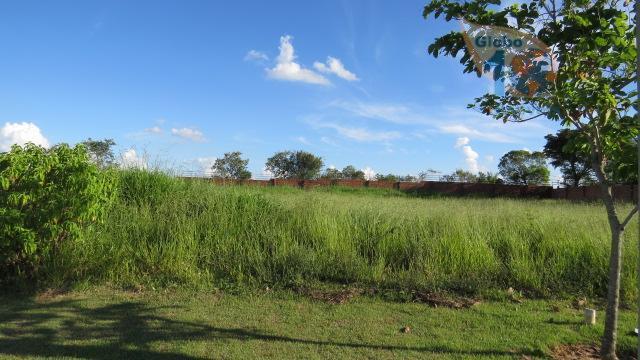 ótimo terreno plano no condominio village araçoiaba20 x 40 m*portaria 24 horas área e lazer com...