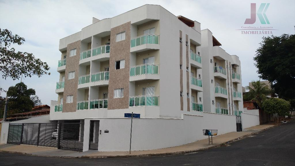 Apartamento residencial à venda, Jardim Zeni, Jaguariúna - AP0620.