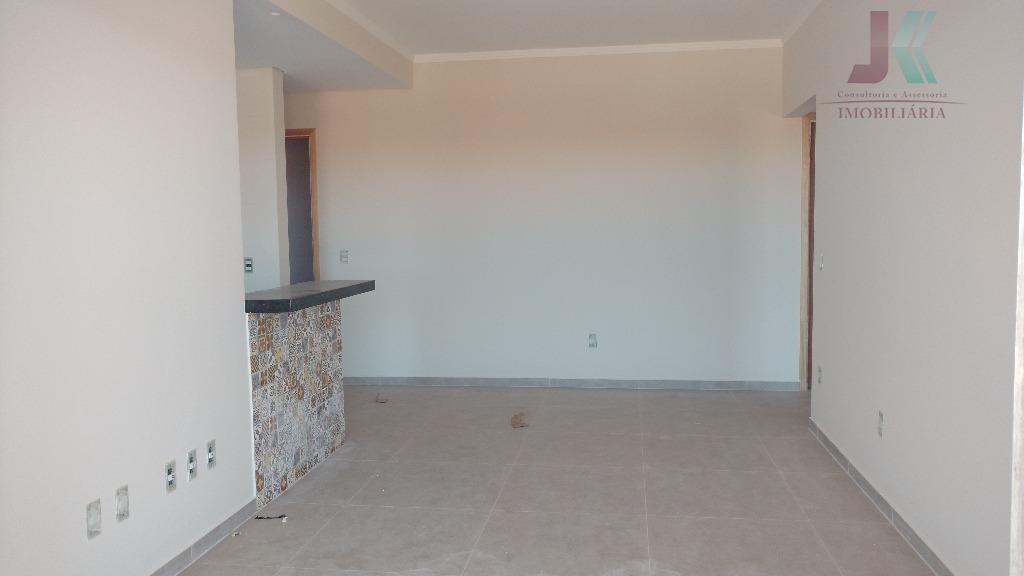 excelente apartamento, ótima localização, fino acabamento! possui dois dormitórios sendo uma suite, sala ampla para dois...