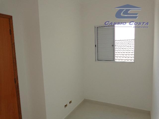 apartamentos em condomínio localizado a aproximadamente 250 metros da estação de metrô vila matilde. unidades com...