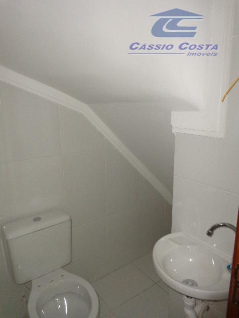 sobrados em condomínio fechado no parque boturussu, unidades com 72m² de área útil com as seguintes...