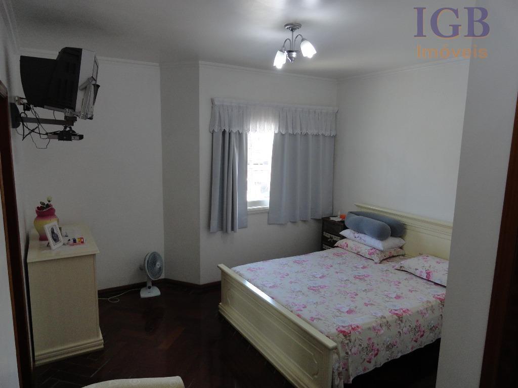 ótima localização..lindo imóvel de 04 dormitórios, sendo 03 suite, sendo 01 master,sala de ,sala jantar,cozinha rica...