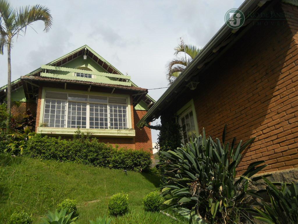 Casa residencial à venda, São Benedito, Poços de Caldas.