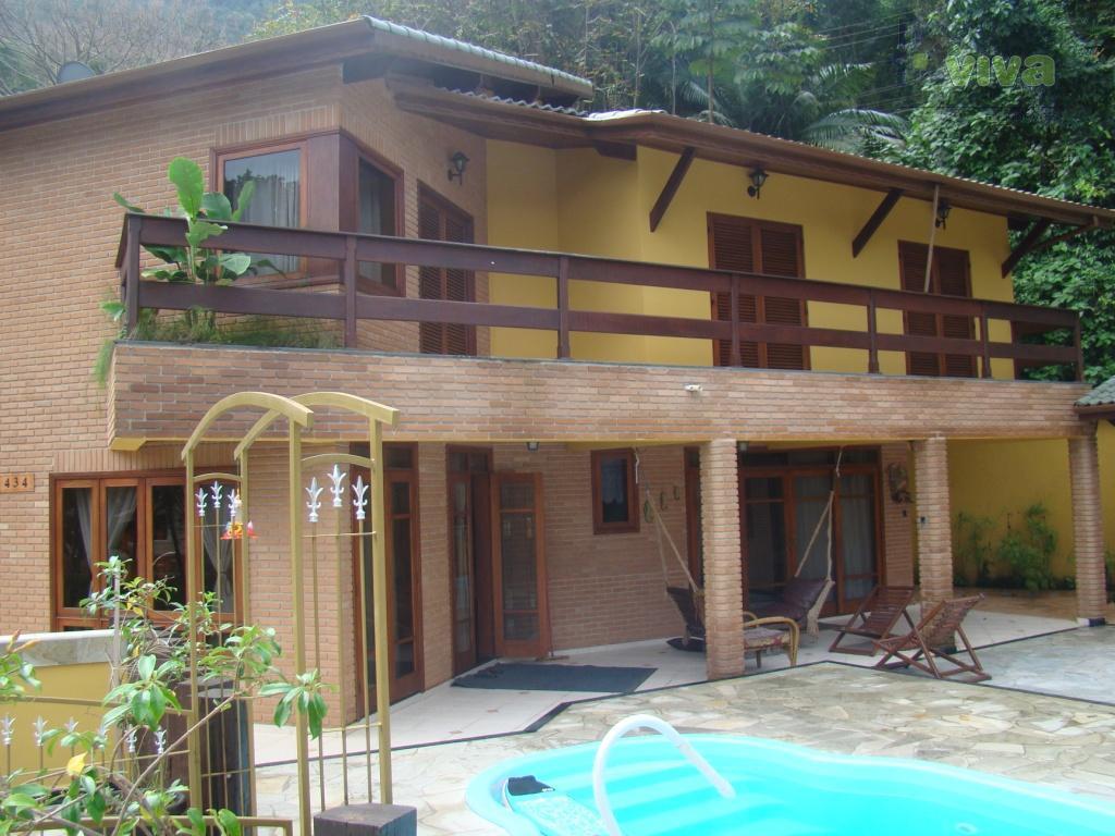 Sobrado residencial à venda, Guaecá, São Sebastião - SO0616.