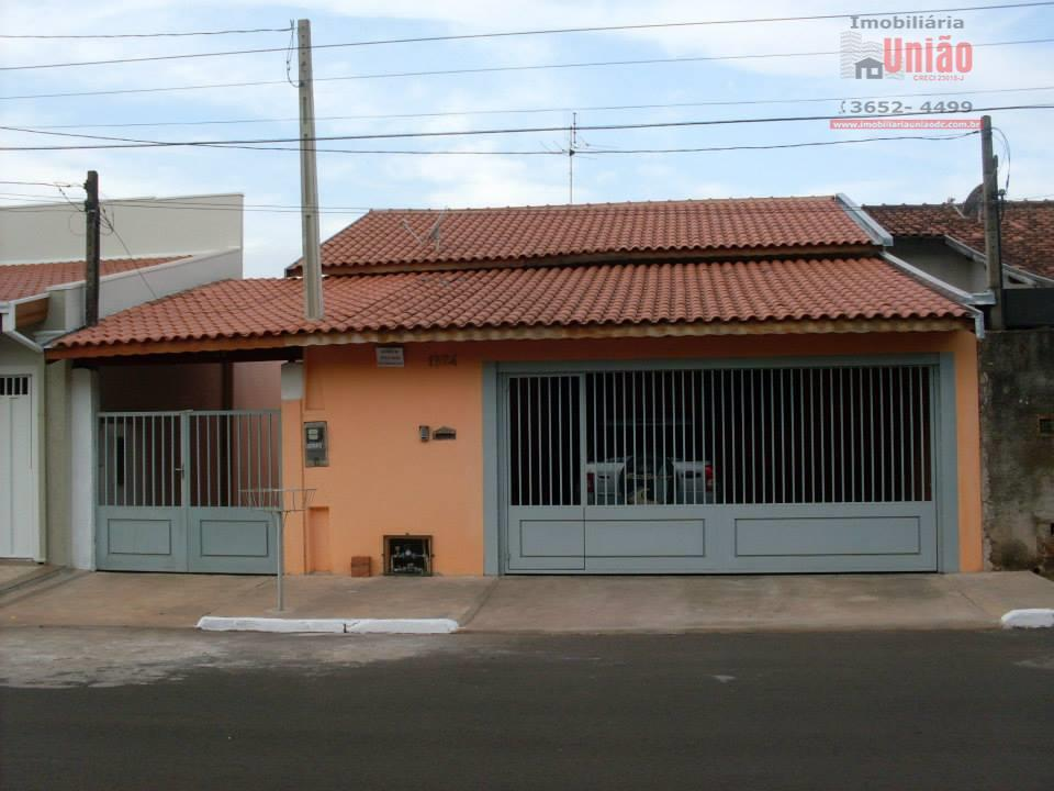 Casa residencial à venda, Jardim Das Acacias, Dois Córregos.