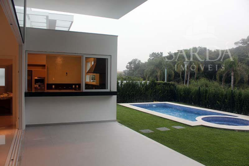 JURERÊ INTERNACIONAL!! Viva Floripa em alto estilo. Casa finamente decorada e mobiliada!