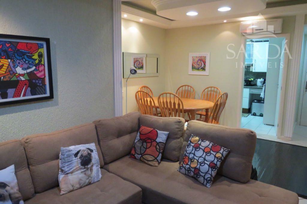 CENTRO DE FLORIPA! Belíssimo apartamento de 3 Dorm com suite e finamente decorado e Mobiliado!