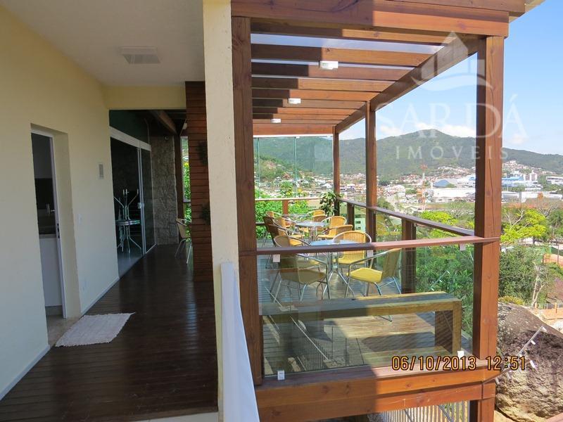 Maravilhosa Residencia na Ilha! Oportunidade Próximo ao Floripa shopping