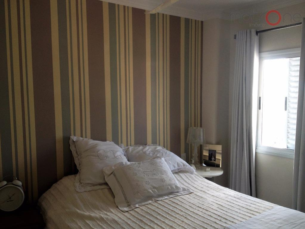 lindo apartamento pronto para morar! rico em armários e muito bem decorado. 2 dormitórios sendo 1...