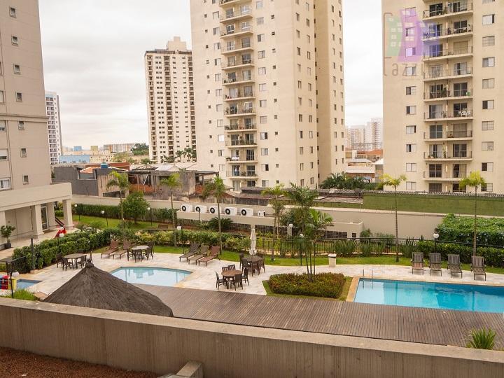 Apartamento com 3 dormitórios à venda, 155 m² por R$ 1.300.000
