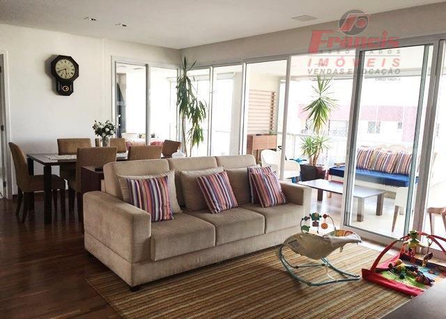 Excelente apto para executivos e empresários-próx. do Metro Vila Mariana-3 suites-3 vagas e amplo terraço.