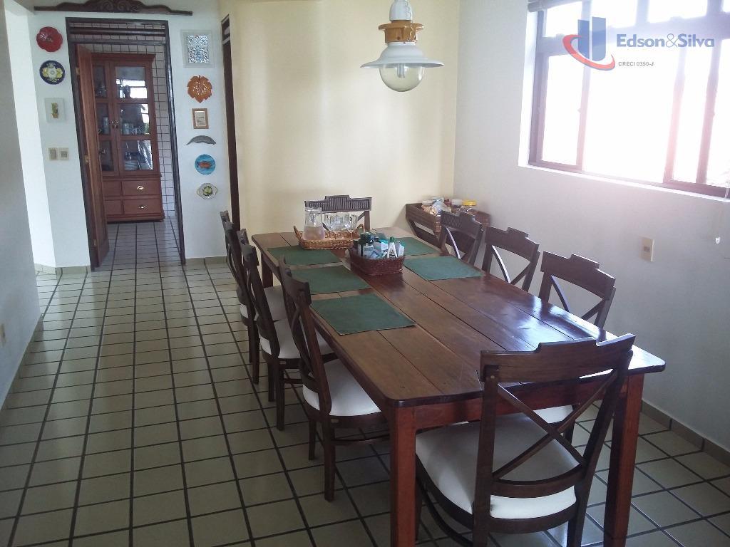 Apartamento residencial com 4 suítes à beira mar, Areia Dourada, Cabedelo.