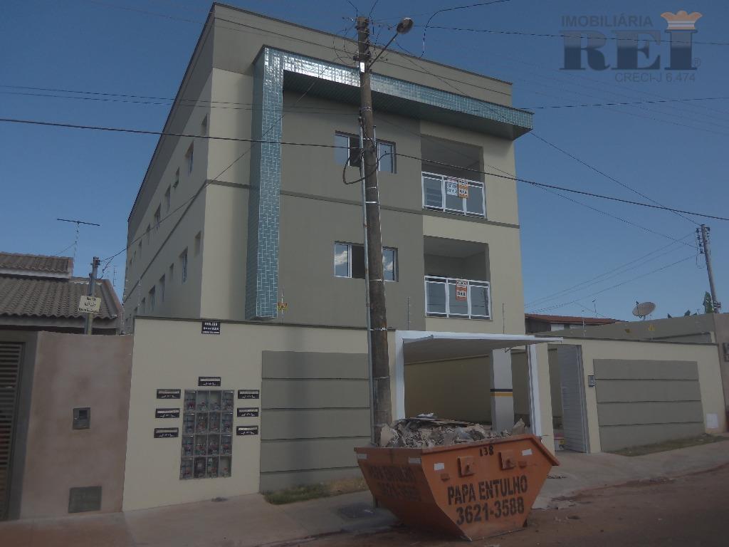 Apartamento residencial para locação, Lourdes, Rio Verde.