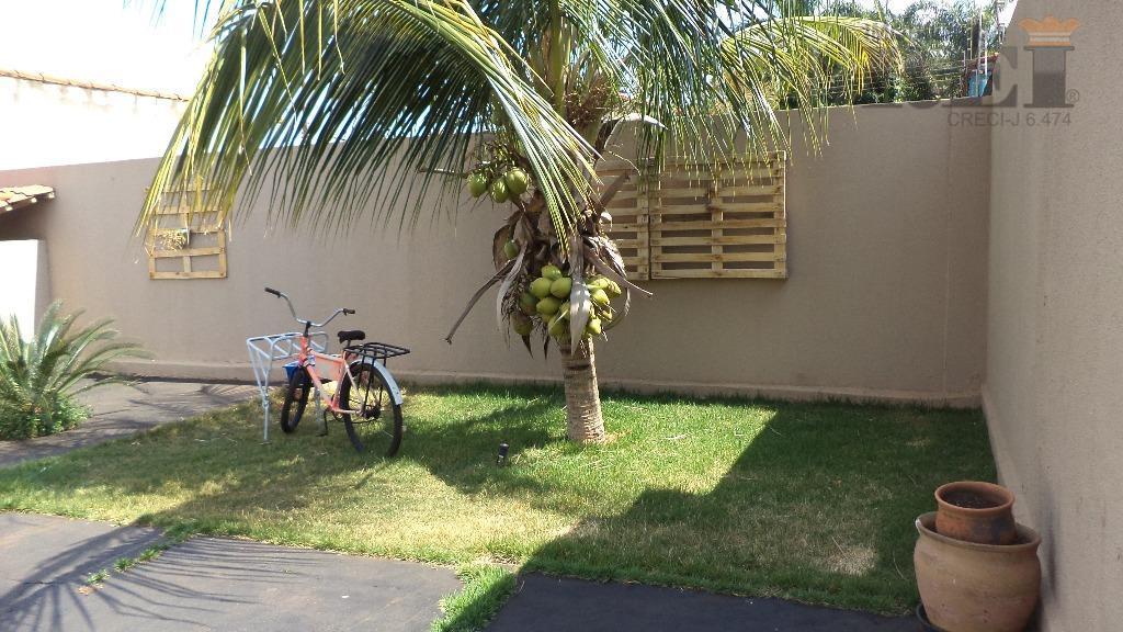 Casa residencial à venda, Setor Dona Gercina, Rio Verde.