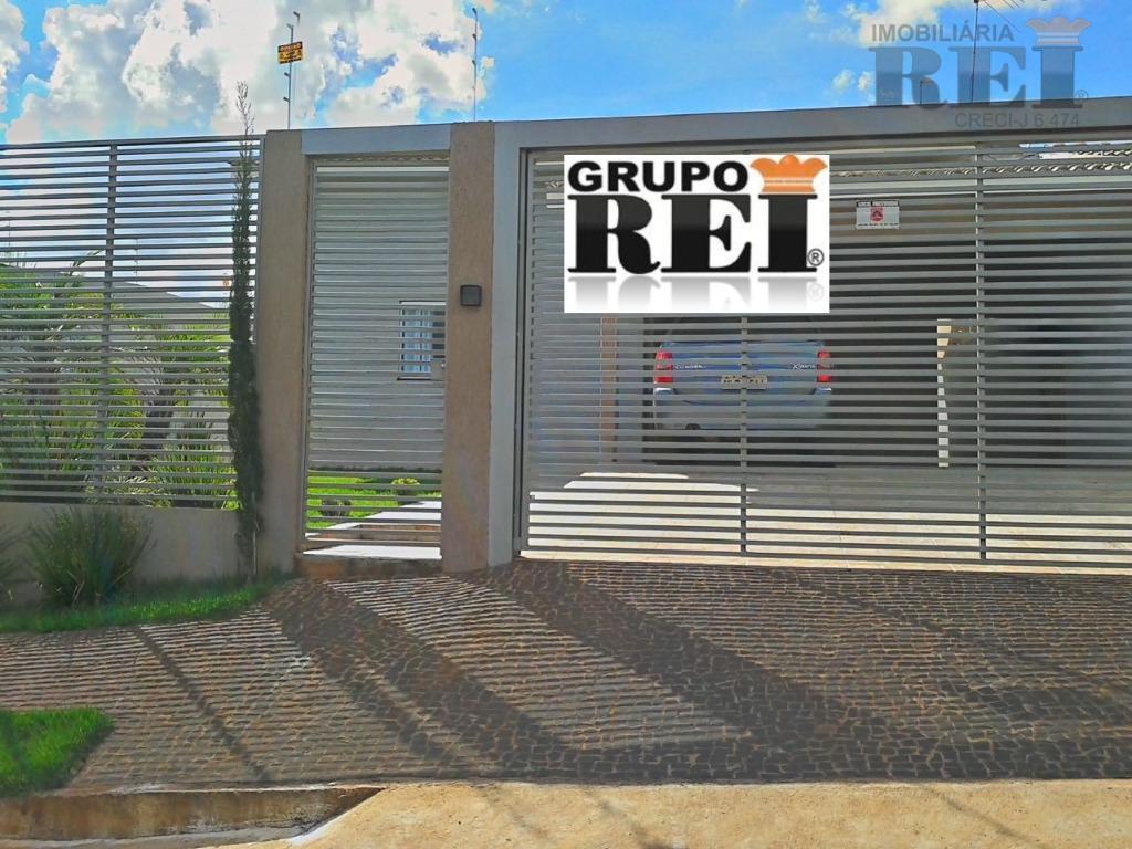Casa residencial à venda, Parque Laranjeiras, Rio Verde.