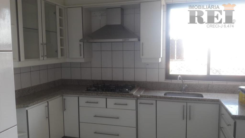 Apartamento residencial à venda, Setor Central, Rio Verde.