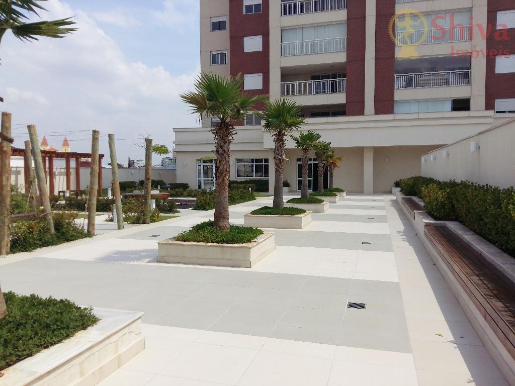 Apartamento de alto padrão com 3 suítes à venda na Penha