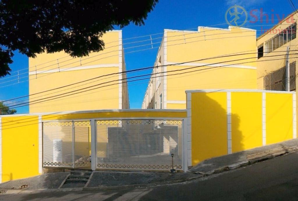 Sobrados novos em condomínio, 2 suítes, à venda na Vila Buenos Aires