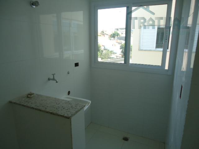 lindíssimo apartamento iluminado e bem arejado, 68 metros de área útil, imóvel todo em porcelanato com...