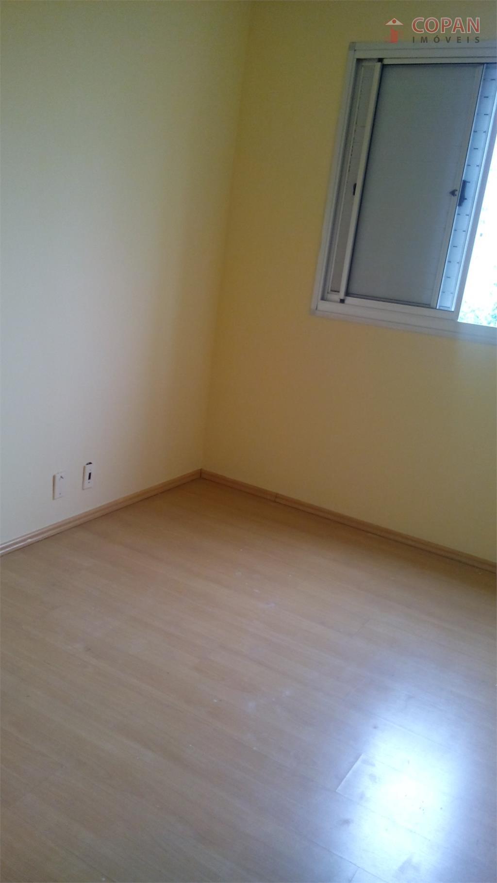 3 dorms, sala, 1 vaga, lavanderia, playground, quadra, salão de festas, churrasqueira, armários, terraço, segurança, portaria...