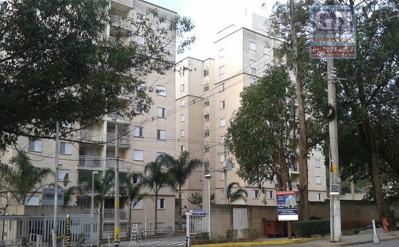 Vende-se excelente apartamento no 7º andar, 3 dormitórios, sendo 1 suíte em Itaquera (Colônia).