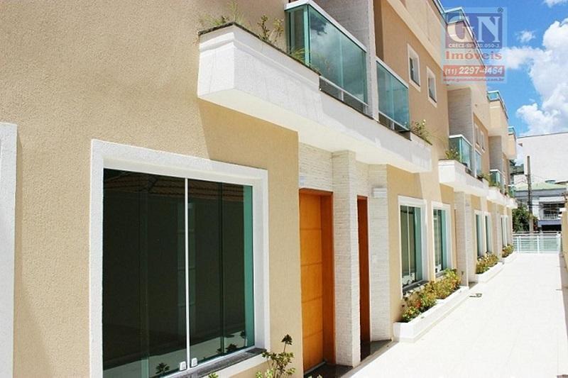 Vende-se excelente casa triplex de 04 dormitórios, 01 suíte, Vila Antonina, Anália Franco.
