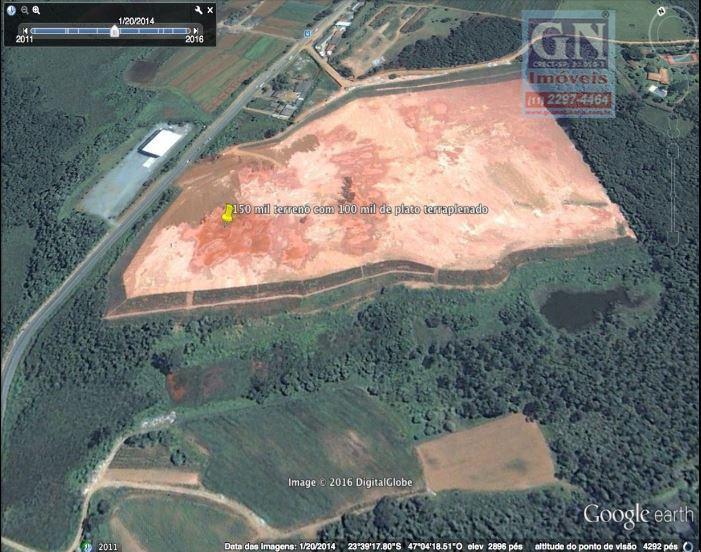Vende-se ou Aluga-se excelente área industrial de 150.000,00 m², 100.000,00 m² de área útil, em Cotia, SP.
