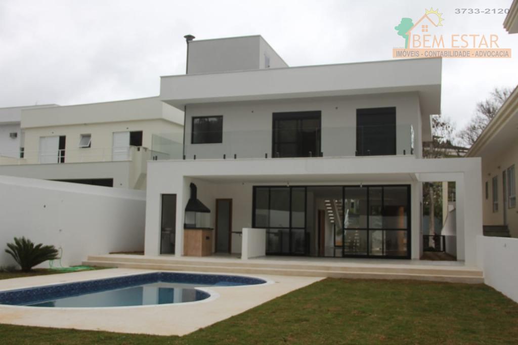 Sobrado residencial com arquitetura contemporânea para família moderna à venda, Condomínio São Paulo II, Cotia.