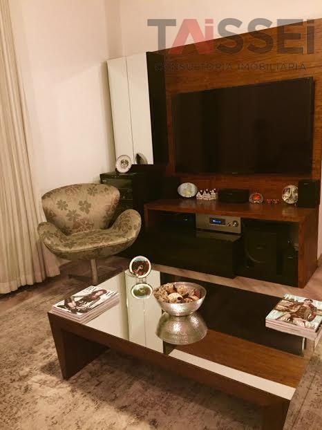 Apartamento residencial à venda, Vila Mariana, São Paulo - AP0990.