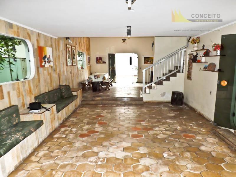 Casa à venda no Guarujá na Praia das Astúrias