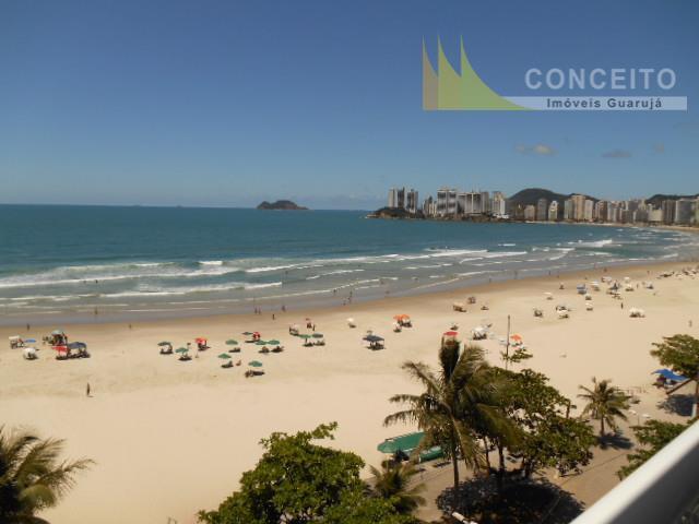 Apartamento à venda no Guarujá na Praia das Pitangueiras.