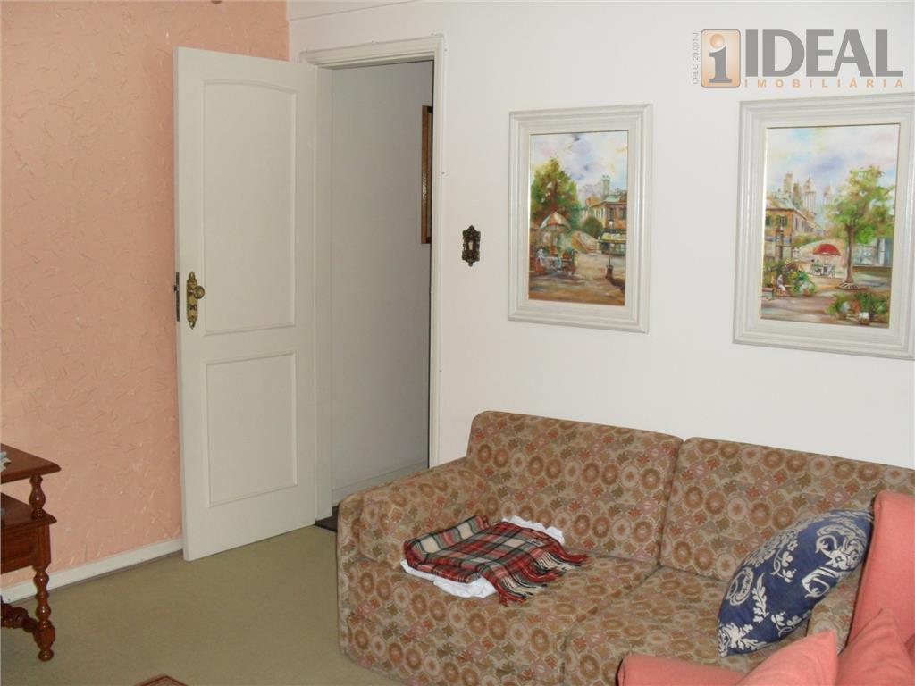 apartamento na ponta da praia, com 3 dormitórios, uma suite, espaçoso, arejado e iluminado ( original)...