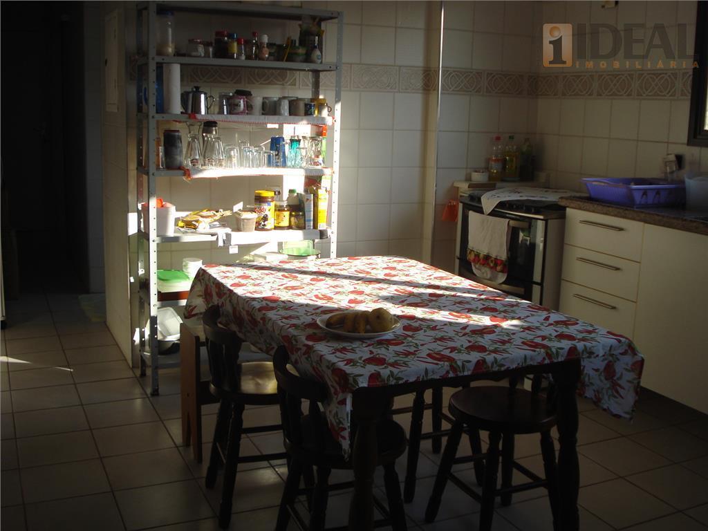 apartamento com 3 dormitórios, uma suíte, sala dois ambientes, sacada mobiliável fechada , sistema vetrosysten.dependência de...