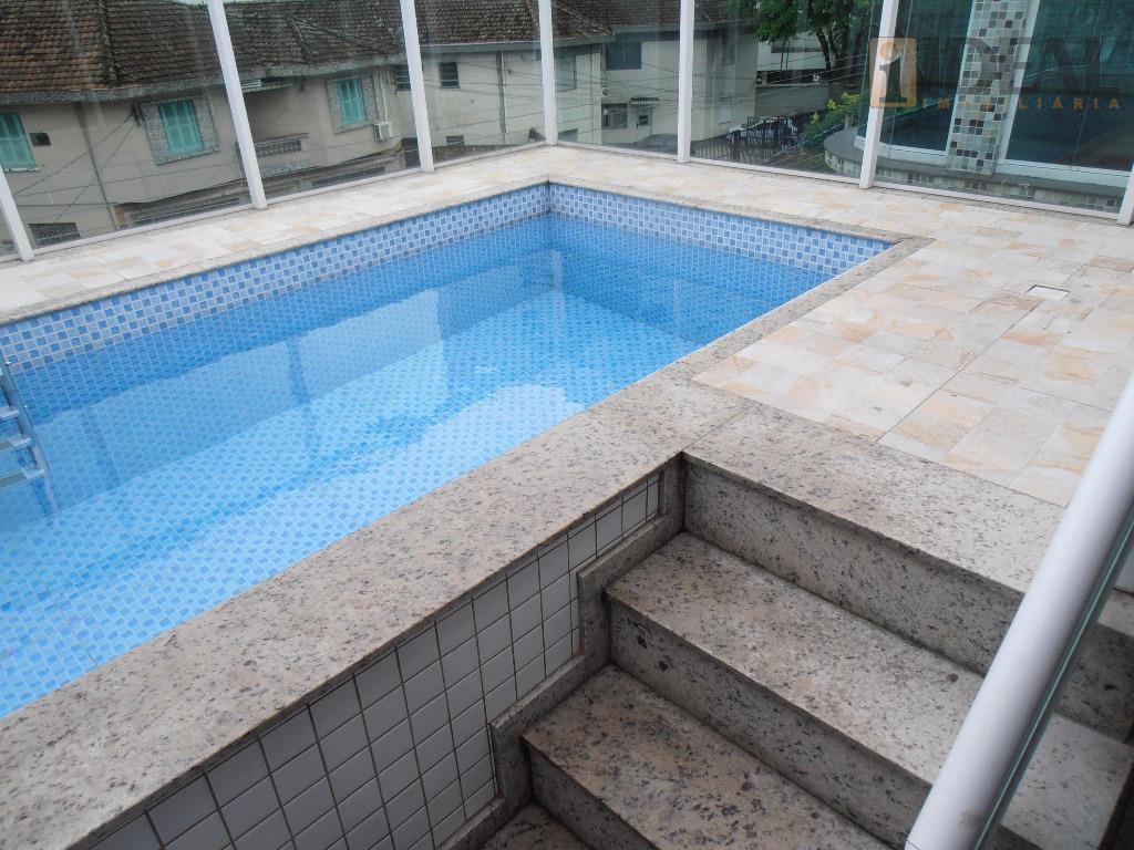 Sobreposta Alta, com piscina, à venda, Embaré, Santos.