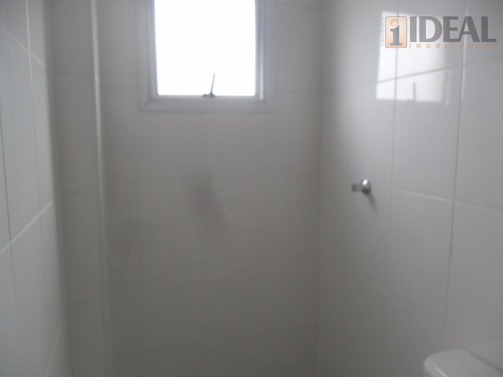 apartamento com 3 dormitórios, sendo duas suítes,, lavabo,sala para dois ambientes com piso em porcelanato, sacada...
