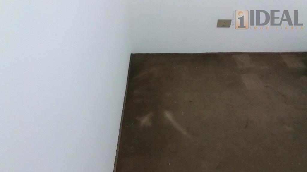 vazio, sala 3 ambientes piso tabua, vista livre, lavabo, cozinha com armários e luz natural, área...