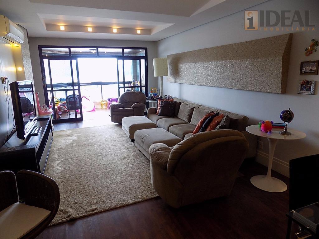 frente ao mar vista panoramica. 03 suites, closet, lavabo, dependencia de empregada.armarios embutidos em todas dependencias....