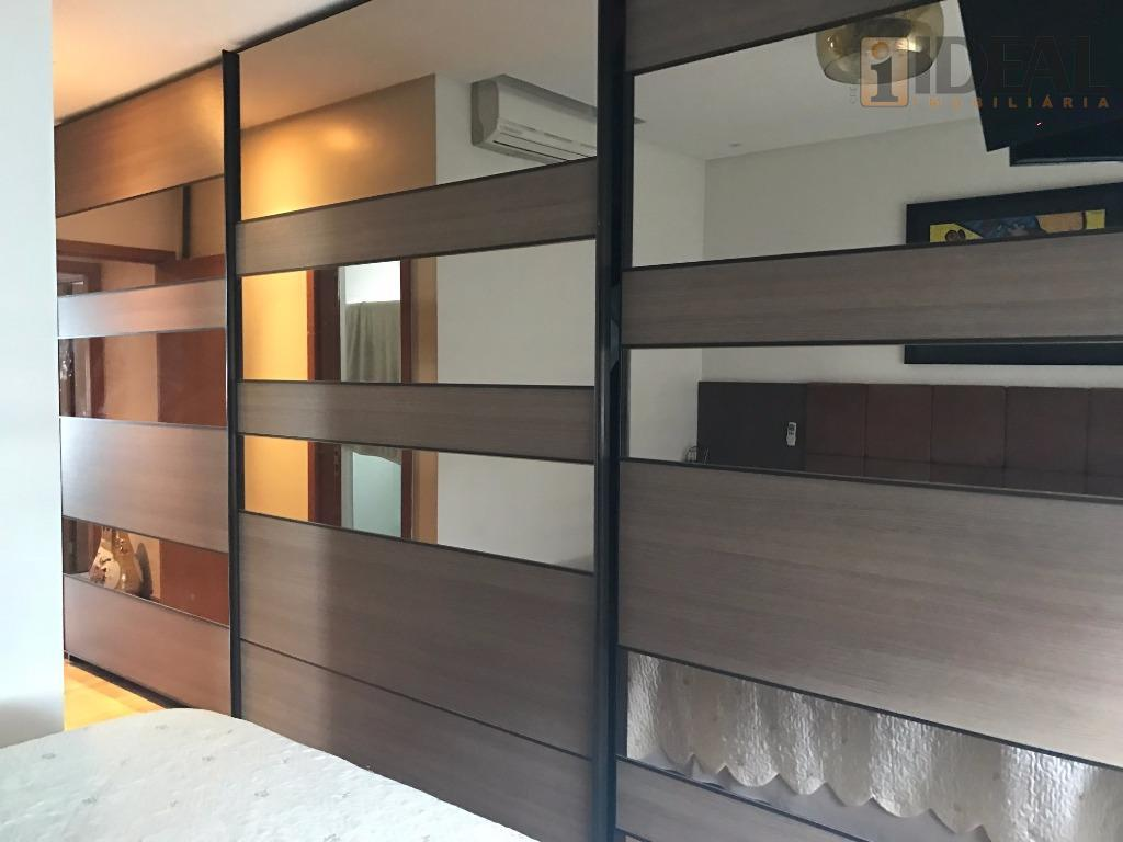apartamento com vista para mar- 3 suítes grandes, piso tabua, armários embutidos- wc suite com gabinete.-...