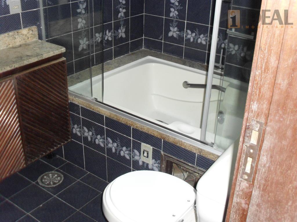 ótimo localizaçãovazio3 dormitorios grandes, 1 suite, closet, armários embutidos, piso tabua.sala para 3 ambientes, piso tabua,...