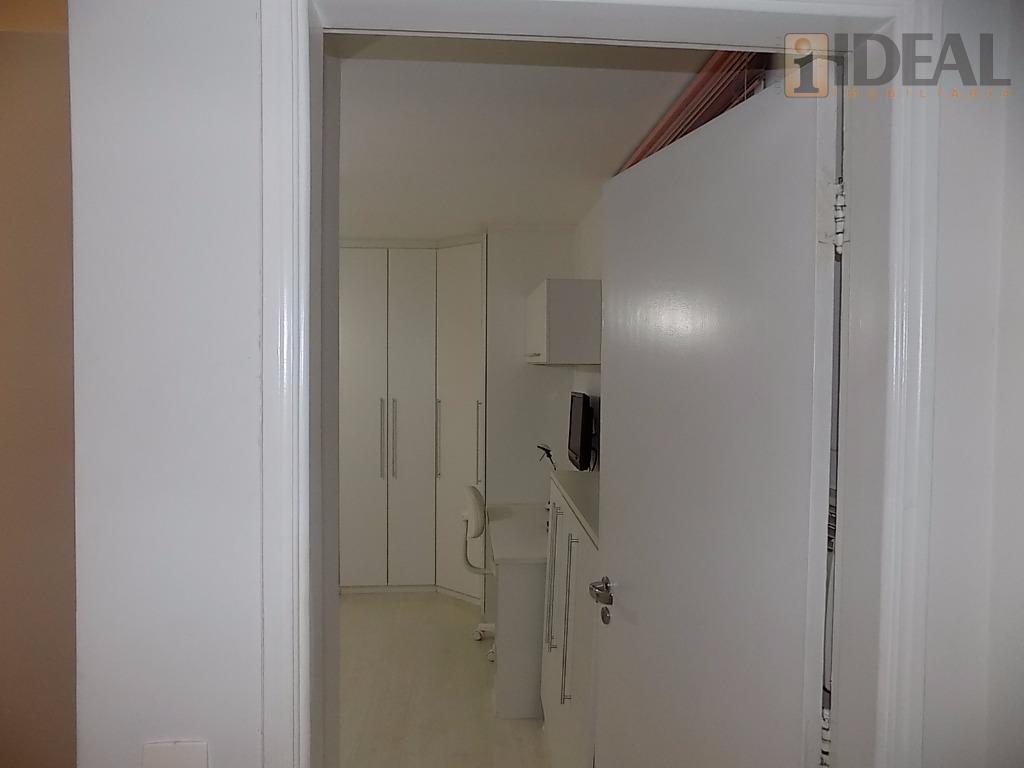 linda cobertura na vila rica !!com 3 dormitórios, com piso em carpete de madeira, sendo 2...