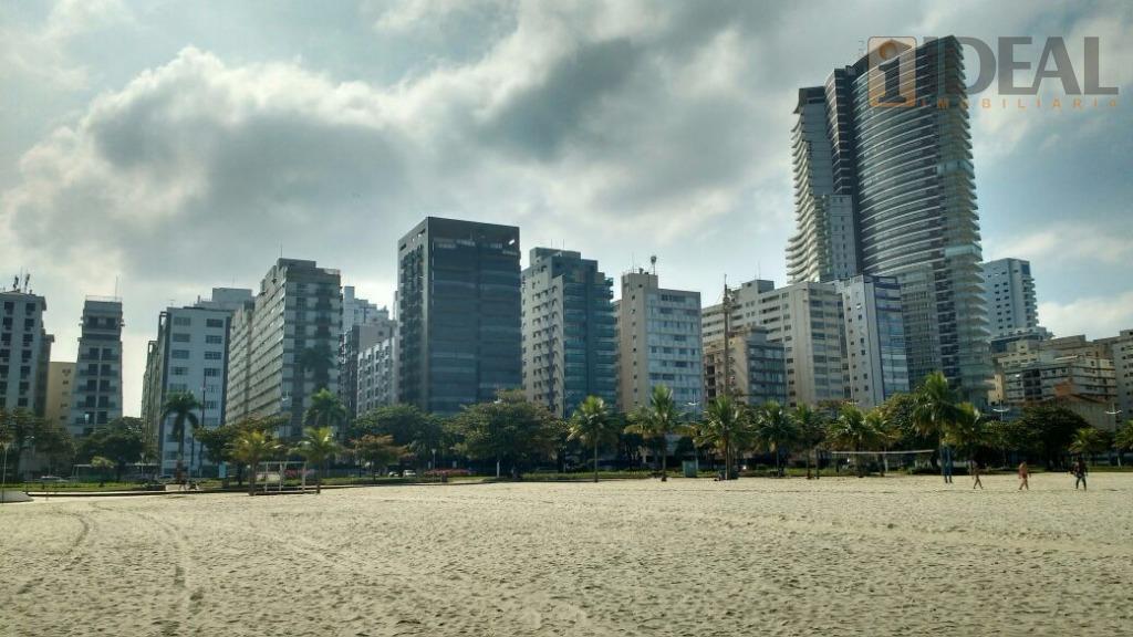 lindo imóvel com 02 dormitórios em prédio frontal ao mar.com 01 vaga de auto. com 1...
