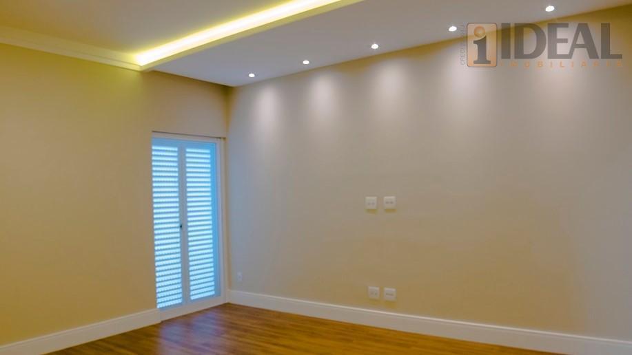 excelente apartamento alto padrão ,vista maravilhosa para o mar.um apartamento por andar!!!! entrada social com fechadura...