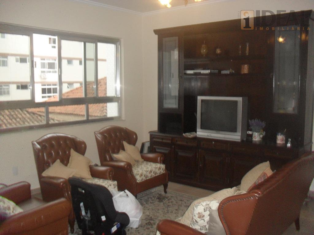 apartamento com 3 dormitórios, próximo a praia