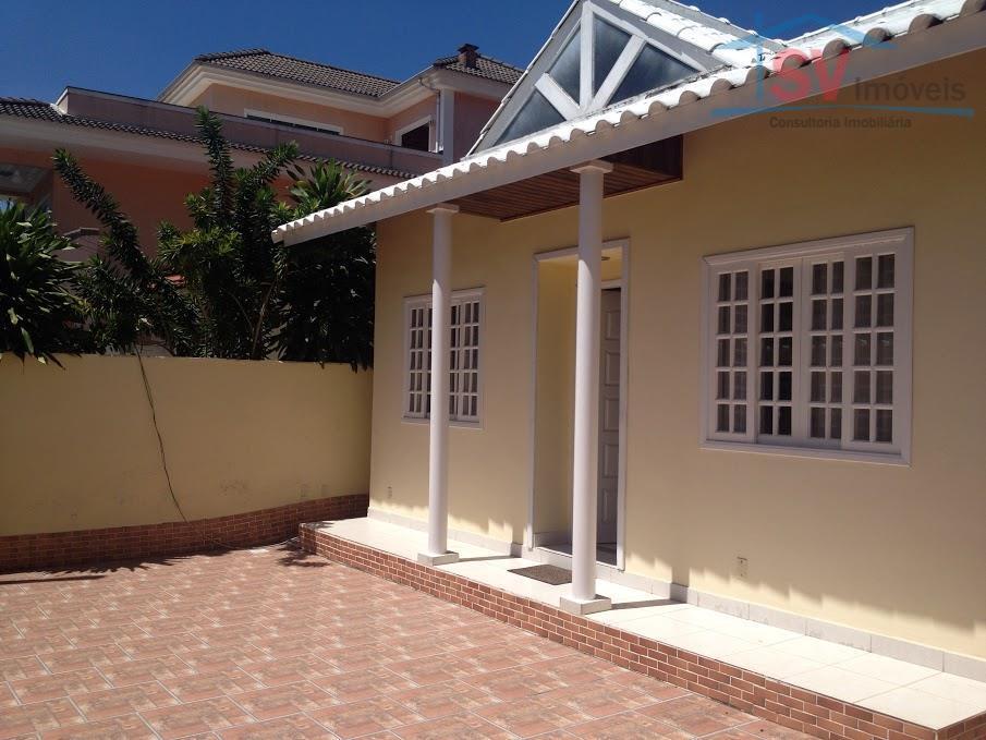 Casa duplex em condomínio em Vargem Pequena