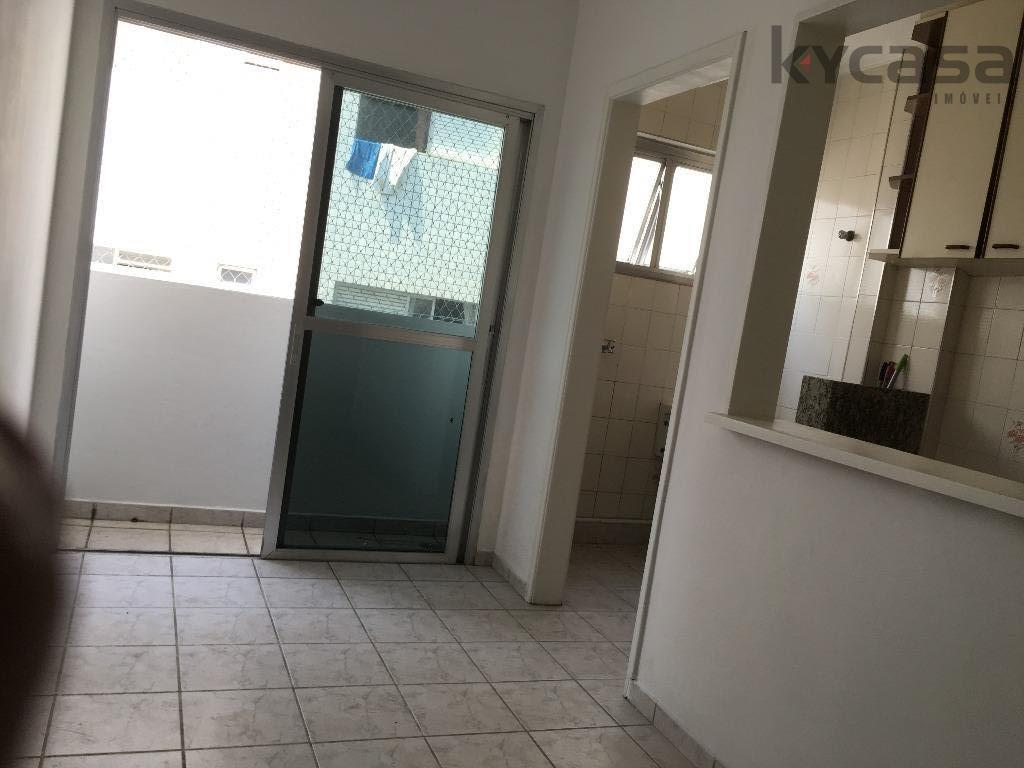Apartamento residencial à venda, Gonzaguinha, São Vicente.