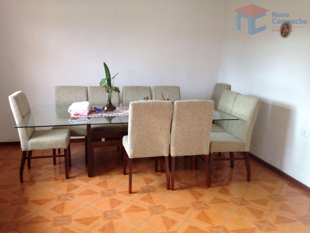 Casa no Campeche com 4 dormitórios