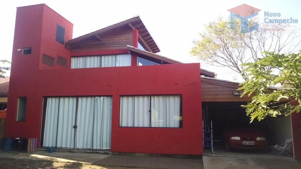 Casa no Campeche com amplo terreno
