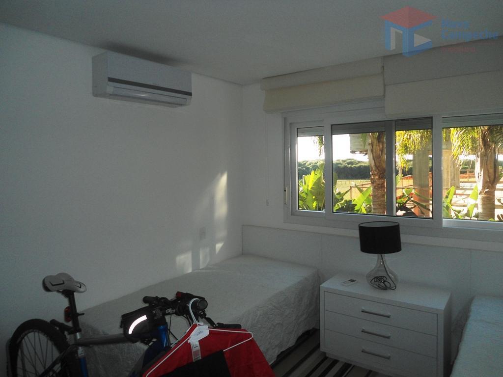 belíssimo apartamento no novo campeche de alto padrão.o empreendimento busca aliar o conceito de respeito à...